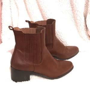 Faux leather brown boots